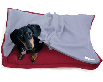 Eco Pet Bed - Recycled Poppy Red and Sky Blue Fleece