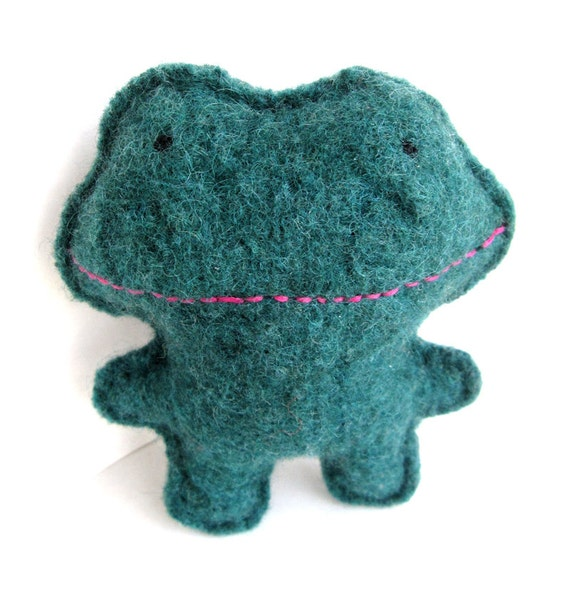 Pine Green Frog - Recycled Wool Plush Toy