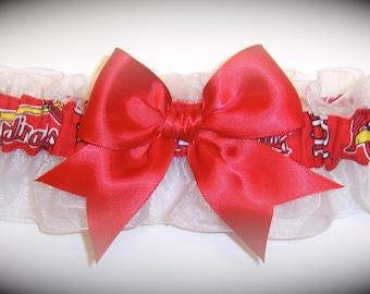 Saint Louis Cardinals Wedding Garter   Handmade   Keepsake St.   Bridal rw1