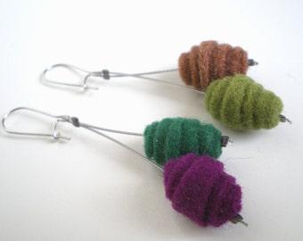 Urano Felt Earrings - Felt earrings - Felt jewelry - Felting technique