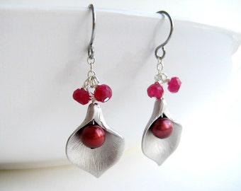 Calla Lilly Earrings - silver lily flower, ruby red bridesmaid earrings, dark red pearl earrings, bridal jewelry
