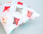 Sale Pincushion Miniature Pillow Cathedral Window Moda Flirt - 5 Inches Square