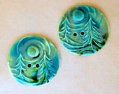 2 Extra Large Forest Buttons in Green