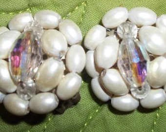 ADORABLE Vintage Pearl and Crystal Cluster Earrings