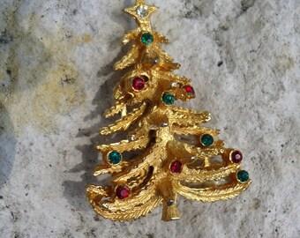 Christmas tree brooch, christmas tree jewelry, rhinestone brooch, red rhinestones, green rhinestones, vintage brooch, vintage christmas