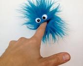 Clip Monster - blue freezee