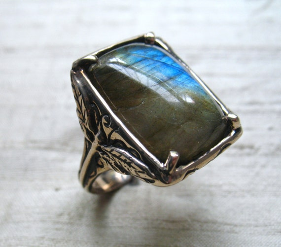 Dragonfly Ring- Labradorite and Bronze