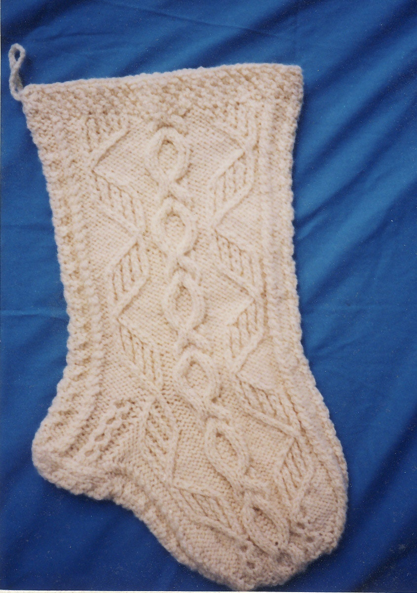 Christmas Stocking Knitting Pattern Circular Needles : Aran Christmas Stocking Knitting Pattern Lus-achraois