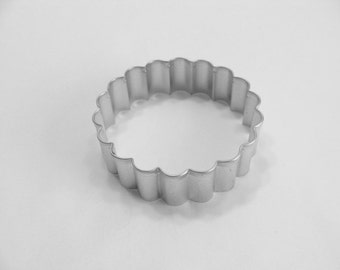 Biscuit Cutter Fluted 3.25 inch