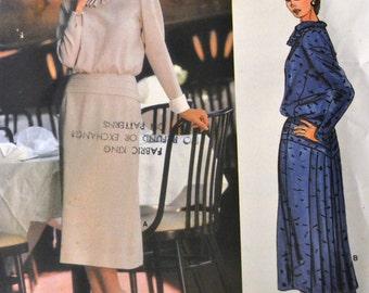 Vintage 1980's Sewing Pattern Vogue  1479 Misses'  Dress Albert Nipon Bust 31 Inches Uncut Complete