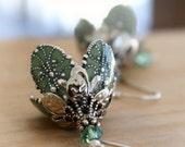 Bridal , Dangle earrings, flower silver green bridesmaid earrings bridal jewelry