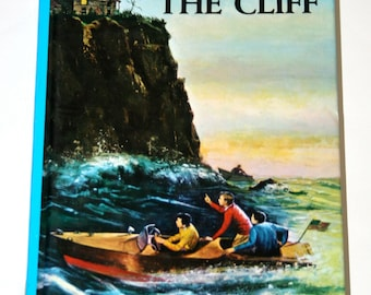 Vintage Hardy Boys - The House on The Cliff