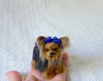 Custom Dog Art / Gift for Pet Lover / Personalized Pet Portrait Memorial  / Needle felted Yorkie Sculpture from your photos Cute small size
