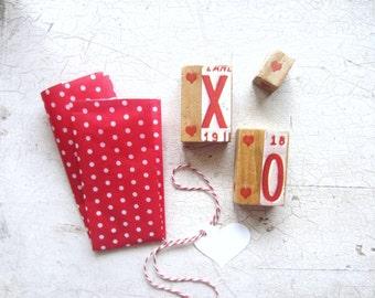 Valentine's Day Decor, Valentine Gift, Vintage Valentine Kiss Hug Blocks Set for Home or Wedding Decor