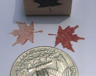 Maple leaf rubber stamp WM P24