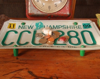 New Hampshire License Plate Tray - Repurposed and Upcycled - Live Free or Die - FREE SHIPPING