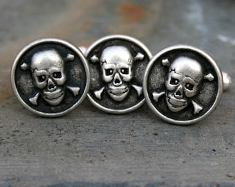Skull Cufflinks and Tie Tack Set