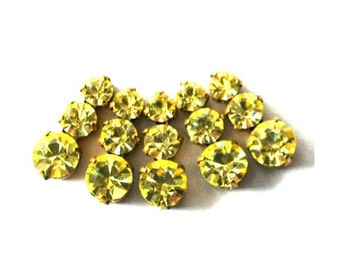 5 Vintage Swarovski yellow jewelry findings 3 rhinestone crystals in brass setting