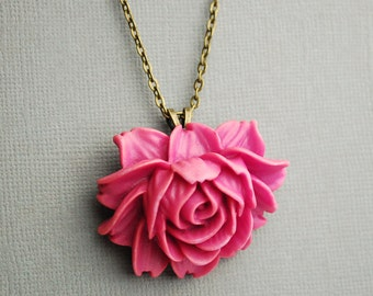 CLEARANCE Simple Magenta Rose Necklace
