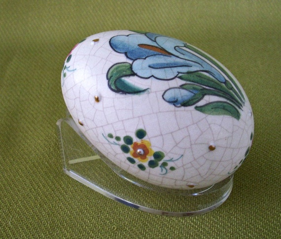 Veneto Flair Iris Egg with Stand