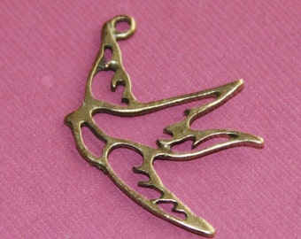 4 pcs of antiqued Brass finished bird drops 25x35mm