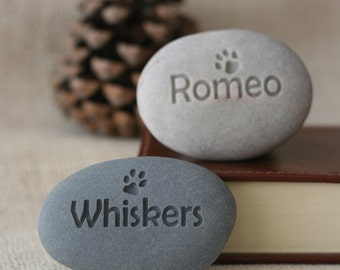 Pet lovers gift - Personalized mini pet stone - desktop companion