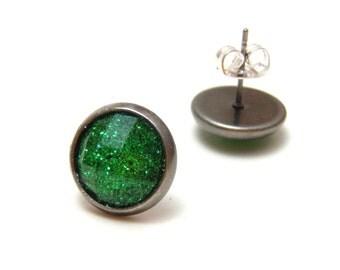 Emerald Green Glitter Studs - Super sparkly bright green glitter rhinestones on gunmetal post earrings