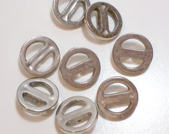 Silver Buttons, Vintage Silvertone Metal Coated Plastic Buttons 7/8 inch diameter x 20 pieces