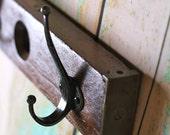 Wooden Level Hook Rack