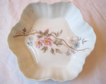 Lovely Floral China Scalloped Edge Bowl