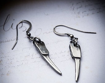 SALE- FANG CLUB silver earrings