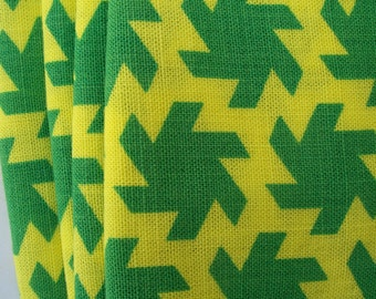 Vintage  OPTICAL NAPKINS 4 fringed pinwheel green yellow