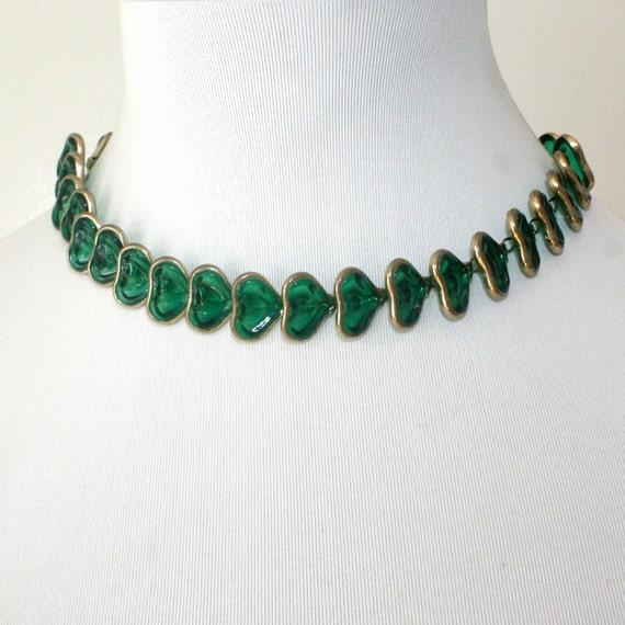 vintage green plastic hearts choker necklace