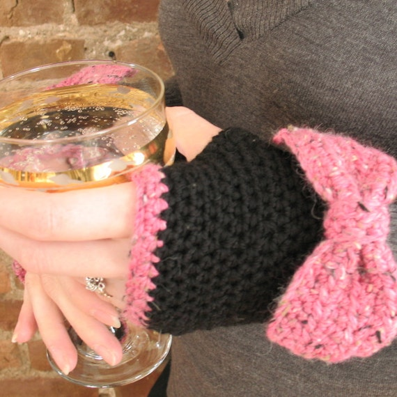 Lady Bows | Crochet Fingerless Gloves with Bows, Black Merino Wool, Pink Tweed Bows, Hand Warmers - Ready to Ship