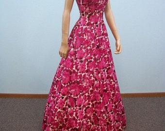 Vintage 40s Dress / Rose Pink Floral Print Gown / Full Skirt Sun Dress