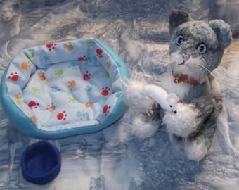 Miniature Knitted Blue Cat Set