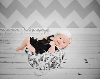 Baby headbands-newborn headbandsEaster Headbands-flowergirl-baby photo prop-feather fascinator-White headbands-Christening Headbands-Baptism