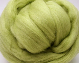 4 oz. Merino Wool Top - Chartreuse Truce