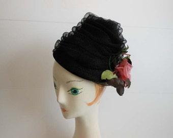 60s hat / Vintage 1960's Black Tulle Bee Hive Hat