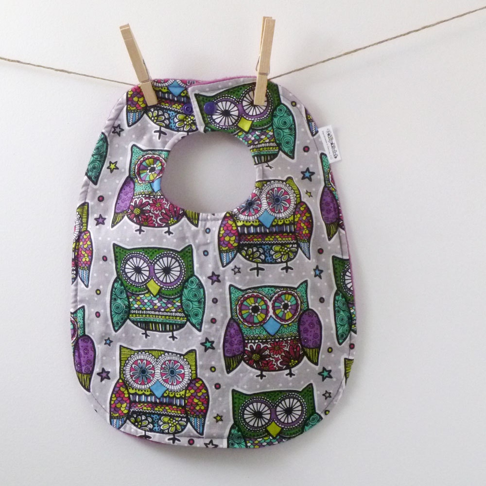 Baby Gifts For Gender Neutral : Owl baby bib gender neutral shower gift by hipviolet