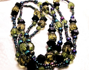 Vintage Long Flapper Style Black Blue Green Bead Necklace 60 Inches Around J56