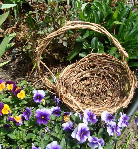 Flower Girl Basket, Wild Twisted Twigs, Asymmetrical, Shabby Chic, Honeysuckle Basket Y