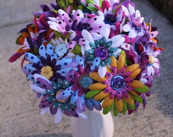 Springs a blooming flower and button bouquet