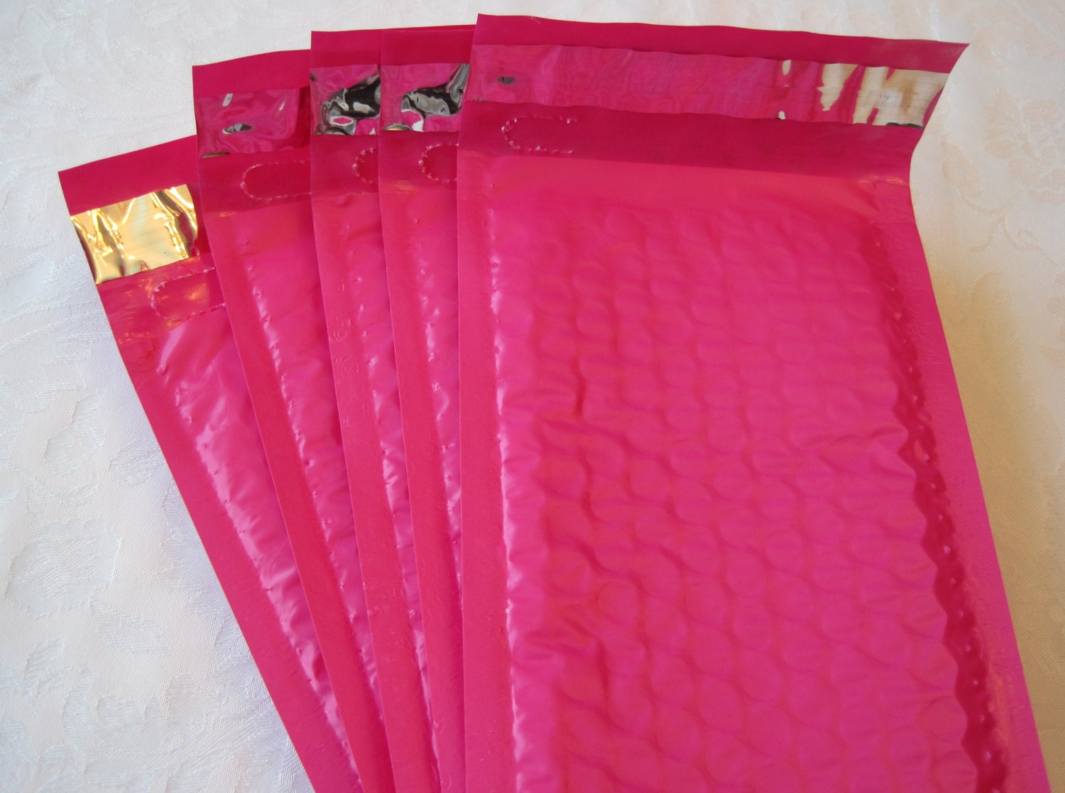 10 Hot Pink Bubble Mailers Padded Envelopes Shipping by JetJewels