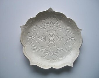 White Scroll Lotus Plate