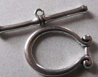 Extra large 28mm horseshoe pewter toggle clasp/one set