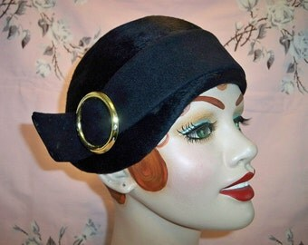 Vintage 1950s Ladies Mr John Navy Cloche Hat