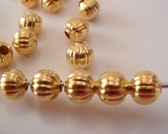 50 Beads, 8 mm, Jewelry Making Bead Supply, Beautiful 8 mm Round Gold Color Corrugated Iron