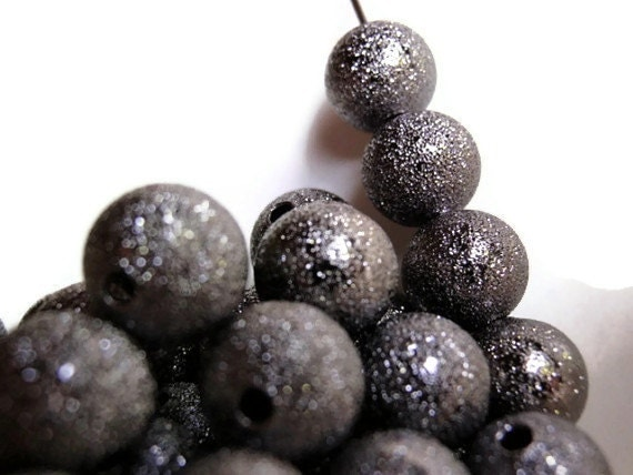 12 Large Beads, 10 mm, Jewelry making Supply,  Gunmetal Plated Brass Stardust