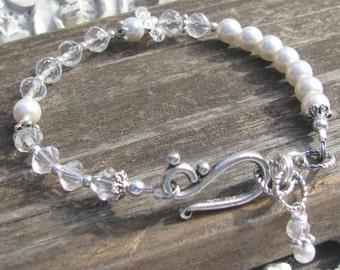 Custom April Save the Date Bracelet Small-Diamond